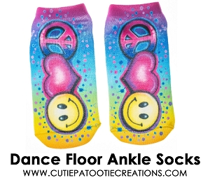 Tie Dye Airbrush Dance Floor Ankle Socks with Smiley Face, Heart and Peace Sign